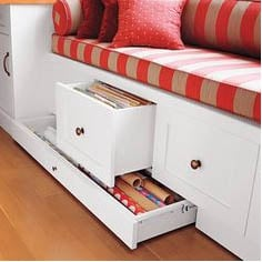 Storage space with small bedroom decorating ideas