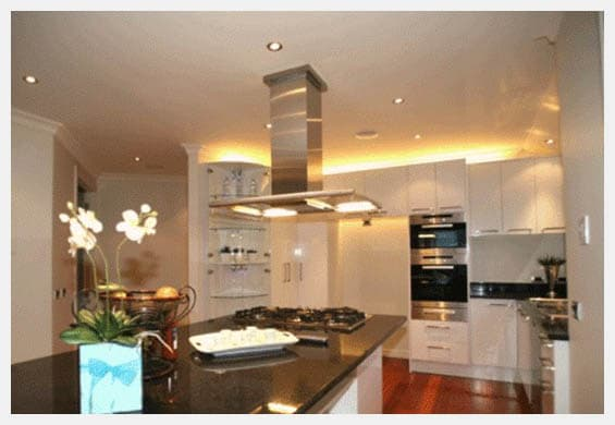 Cove-lighting-in-kitchen