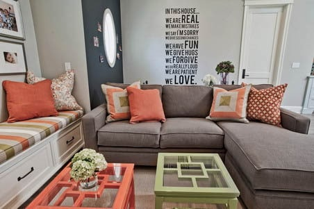 quote decals as living room wall idea