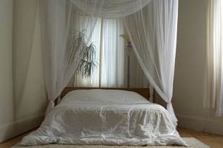 10 romantic bedroom d cor ideas for that much needed - Diy romantic bedroom ideas ...