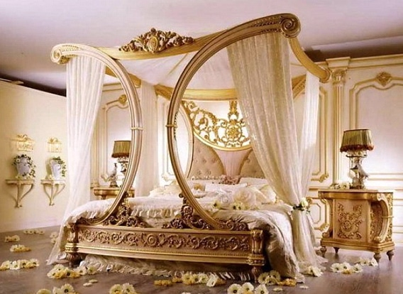Romantic interior decor for master bedroom with flowers