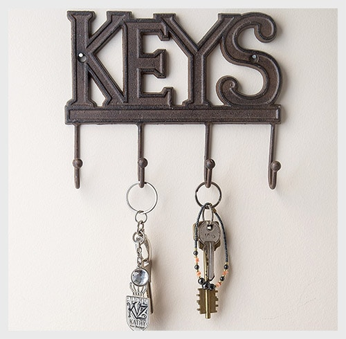 10 country kitchen wall decor ideas just diy decor for Mural key holder