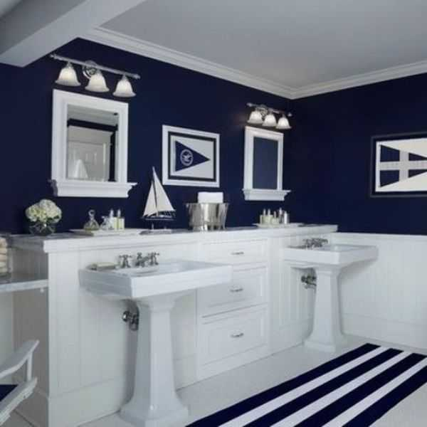 Blue and white stripes for nautical-inspired bathroom paint