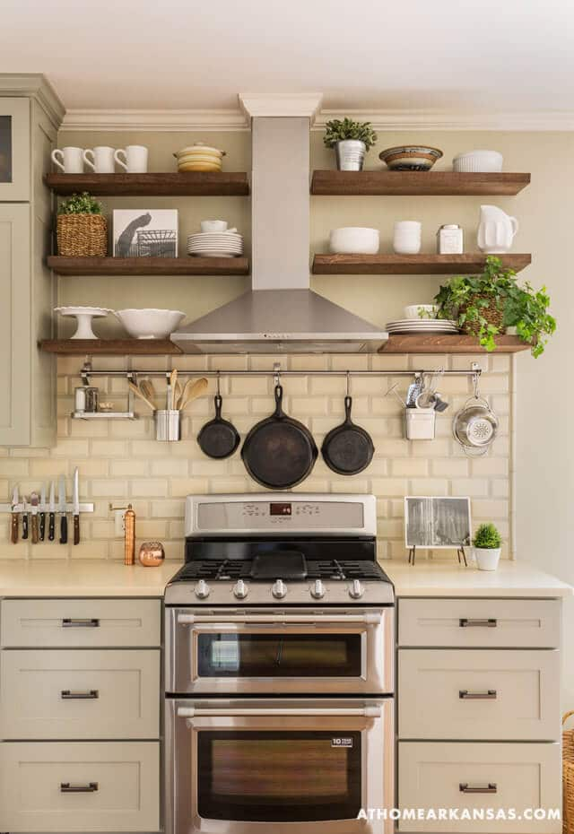 White and Wood Color kitchen decor