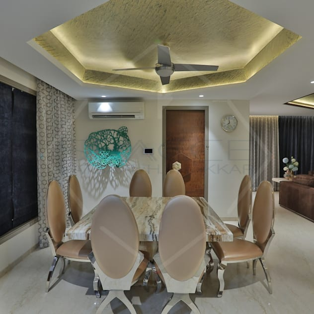 Table with false ceiling and modern decor
