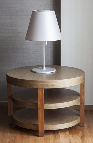 This 3-ring table is the perfect catch